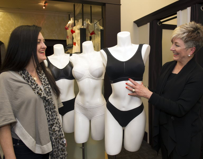 Vancouver Sun, The right running bra, Denise Ryan and Lynda Barr