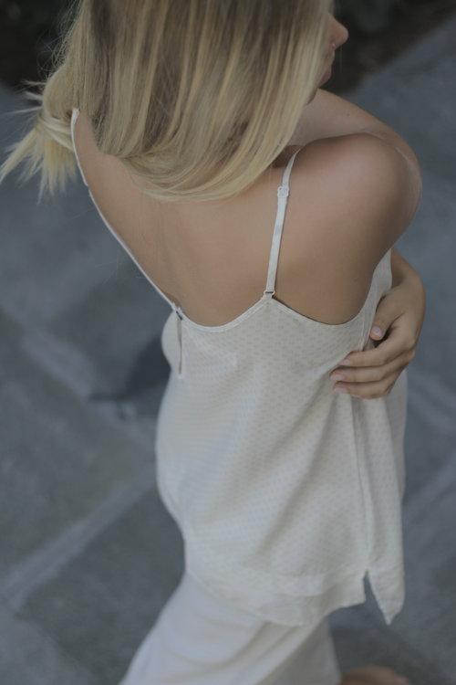 paper-label-sleep-cloud-pant-chemise-dianes-lingerie-vancouver-500x750