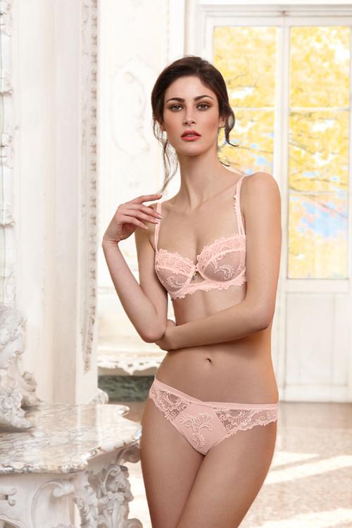 lise-charmel-dressing-floral-demi-bra-rose-dianes-lingerie-vancouver-500x750