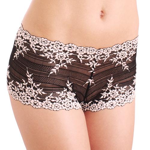 wacoal-embrace-lace-boyshort-blk-7491-dianes-lingerie-vancouver-500x500