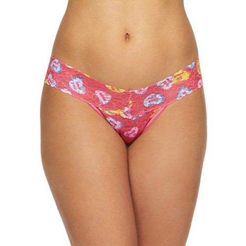 hanky-panky-low-rise-thong-candy-hearts-print-ob-01-dianes-lingerie-vancouver-500x500