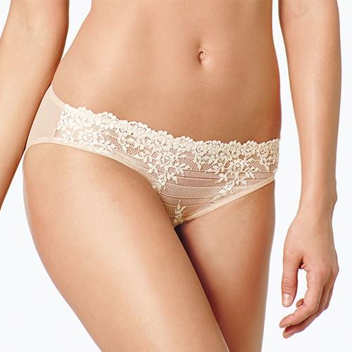 wacoal-embrace-lace-bikini-brief-nude-ob-dianes-lingerie-vancouver-500x500