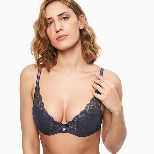 chantelle-orangerie-tshirt-bra-mist-grey-6762-ob-01-dianes-lingerie-vancouver-500x500
