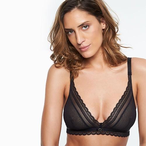 chantelle-allure-wireless-bra-blk-2236-ob-01-dianes-lingerie-vancouver-500x500