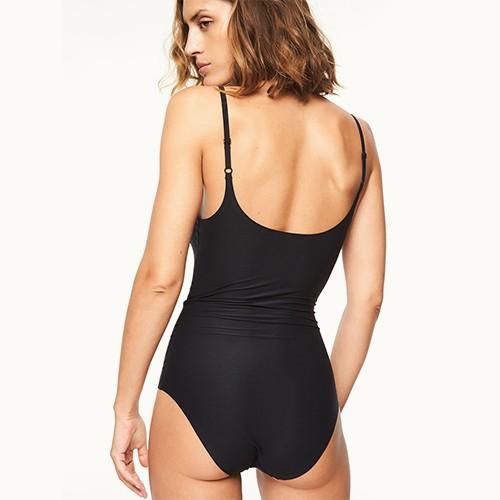 chantelle-soft-stretch-bodysuit-blk-2646-ob-02-dianes-lingerie-vancouver-500x500