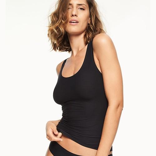 chantelle-soft-stretch-camisole-blk-2648-ob-dianes-lingerie-vancouver-500x500