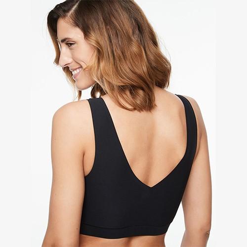 chantelle-soft-stretch-v-back-padded-bralette-blk-16a1-ob-02-dianes-lingerie-vancouver-500x500
