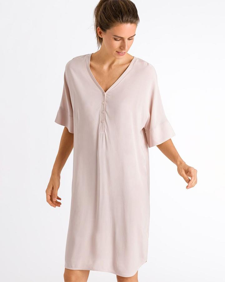 hanro-of-switzerland-favourites-dress-marz-03-dianes-lingerie-vancouver-720x900