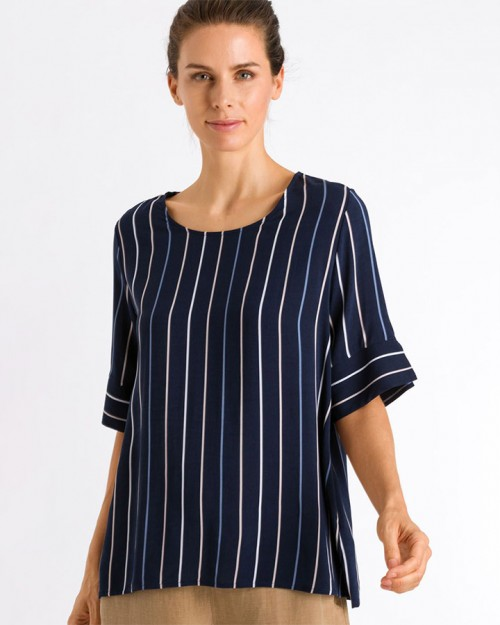 hanro-of-switzerland-favourites-ss-shirt-stripe-dianes-lingerie-vancouver-720x900
