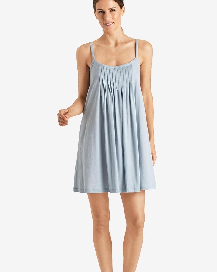 hanro-juliet-chemise-aquamarine-02-dianes-lingerie-vancouver-720x900