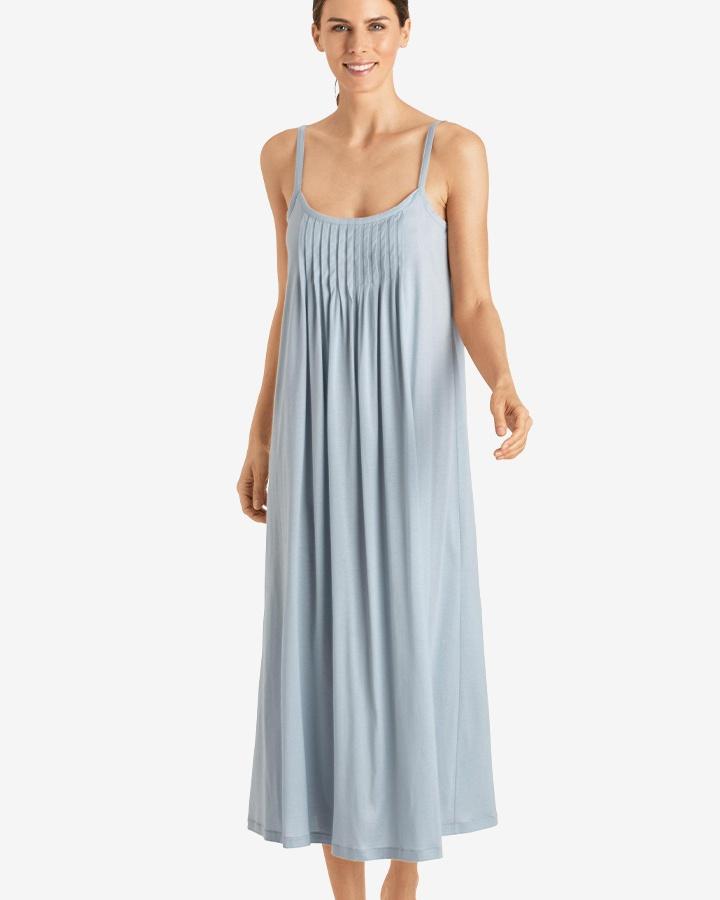 hanro-juliet-long-gown-aquamarine-dianes-lingerie-vancouver-720x900