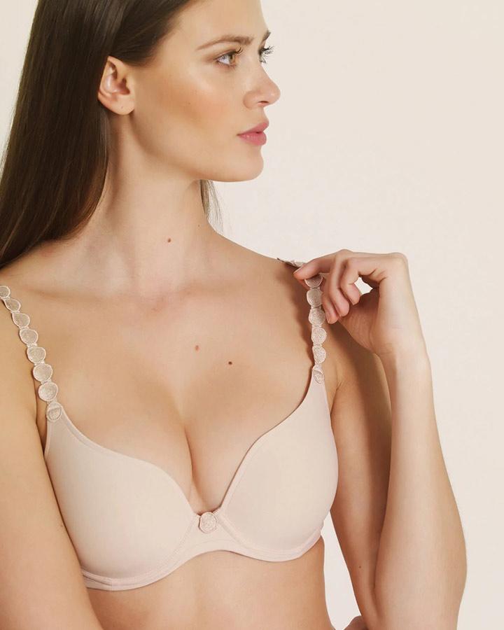 marie-jo-tom-dianes-lingerie-vancouver-vita-daily-blog-720x900