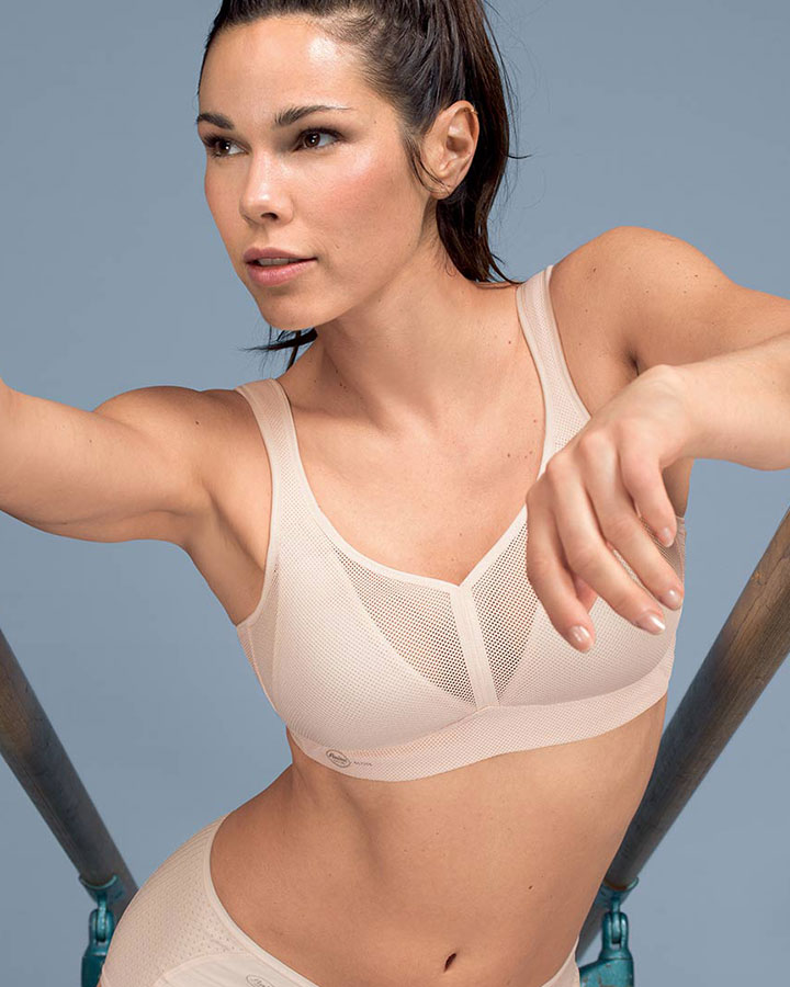 sports-bras-hp-anita-delta-rose-dianes-lingerie-vancouver-720x900