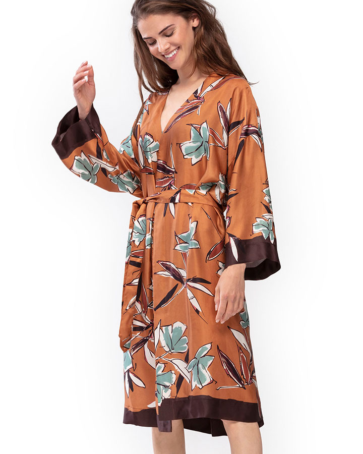 mey-bodywear-serie-samira-kimono-broz-dianes-lingerie-vancouver-720x900