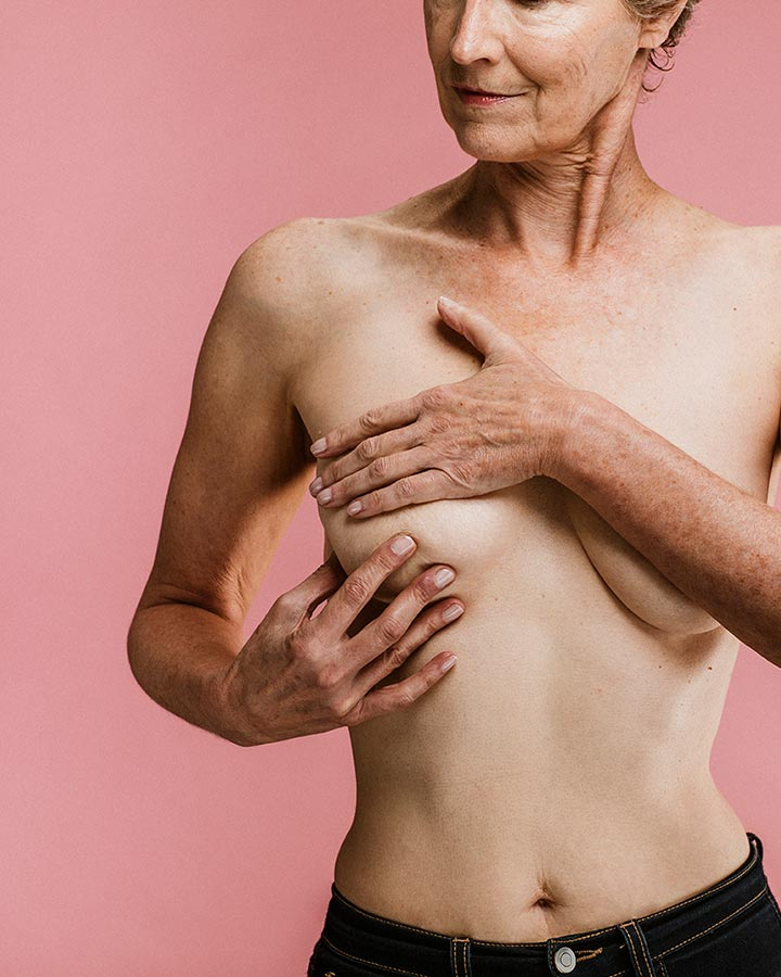 breast-self-examination-dianes-lingerie-blog-720x900