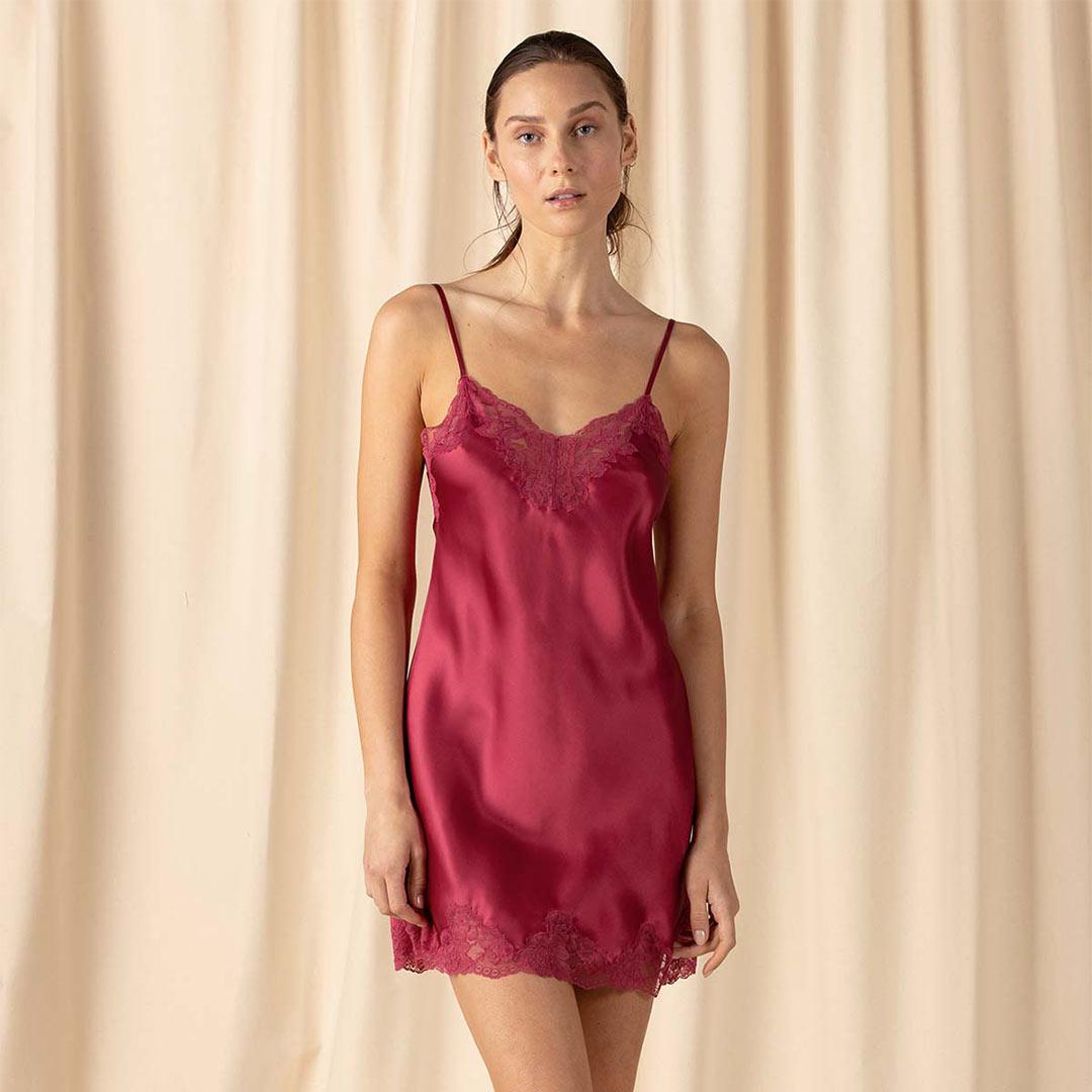 nk-imode-morgan-spaghetti-chemise-raspberry-01-dianes-lingerie-vancouver-1080x1080
