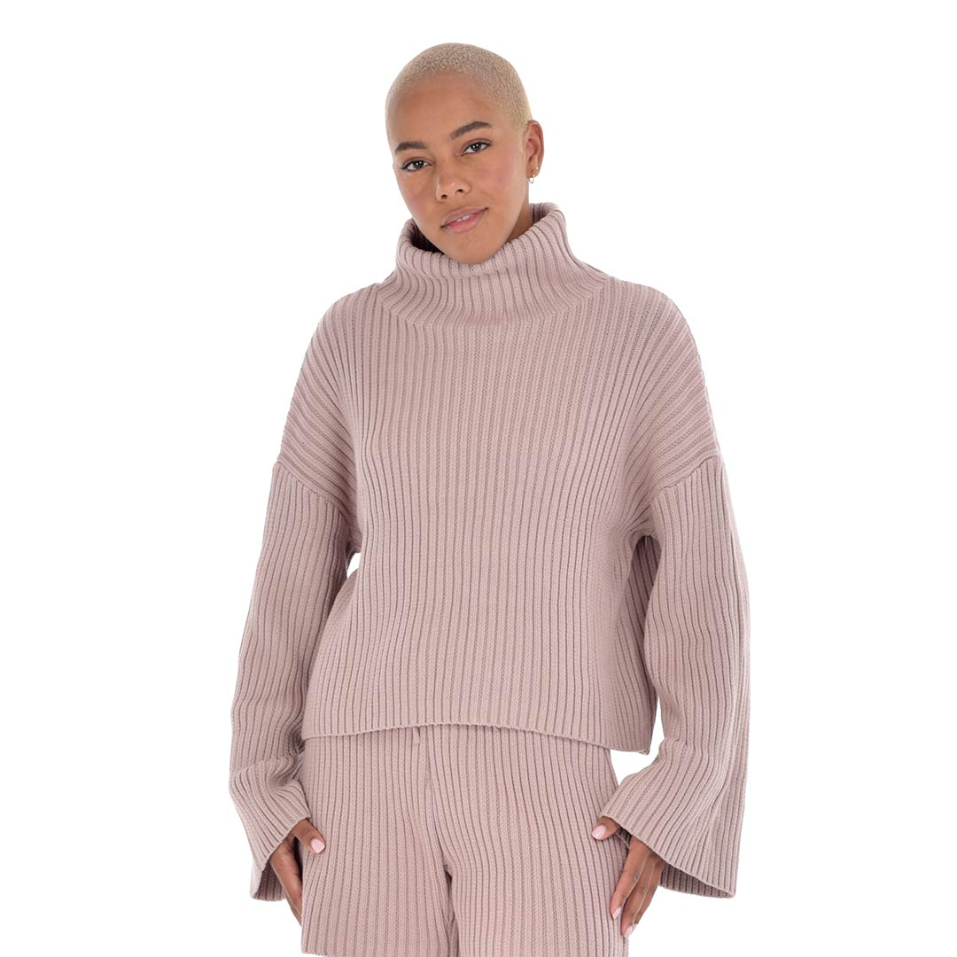 paper-label-hunter-knit-sweater-pink-01-dianes-lingerie-vancouver-1080x1080