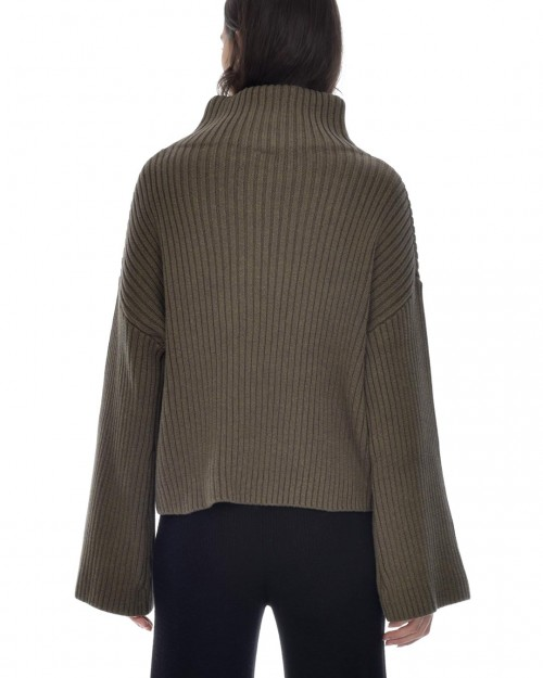 paper-label-hunter-sweater-fern-back-dianes-lingerie-vancouver-1080x1350