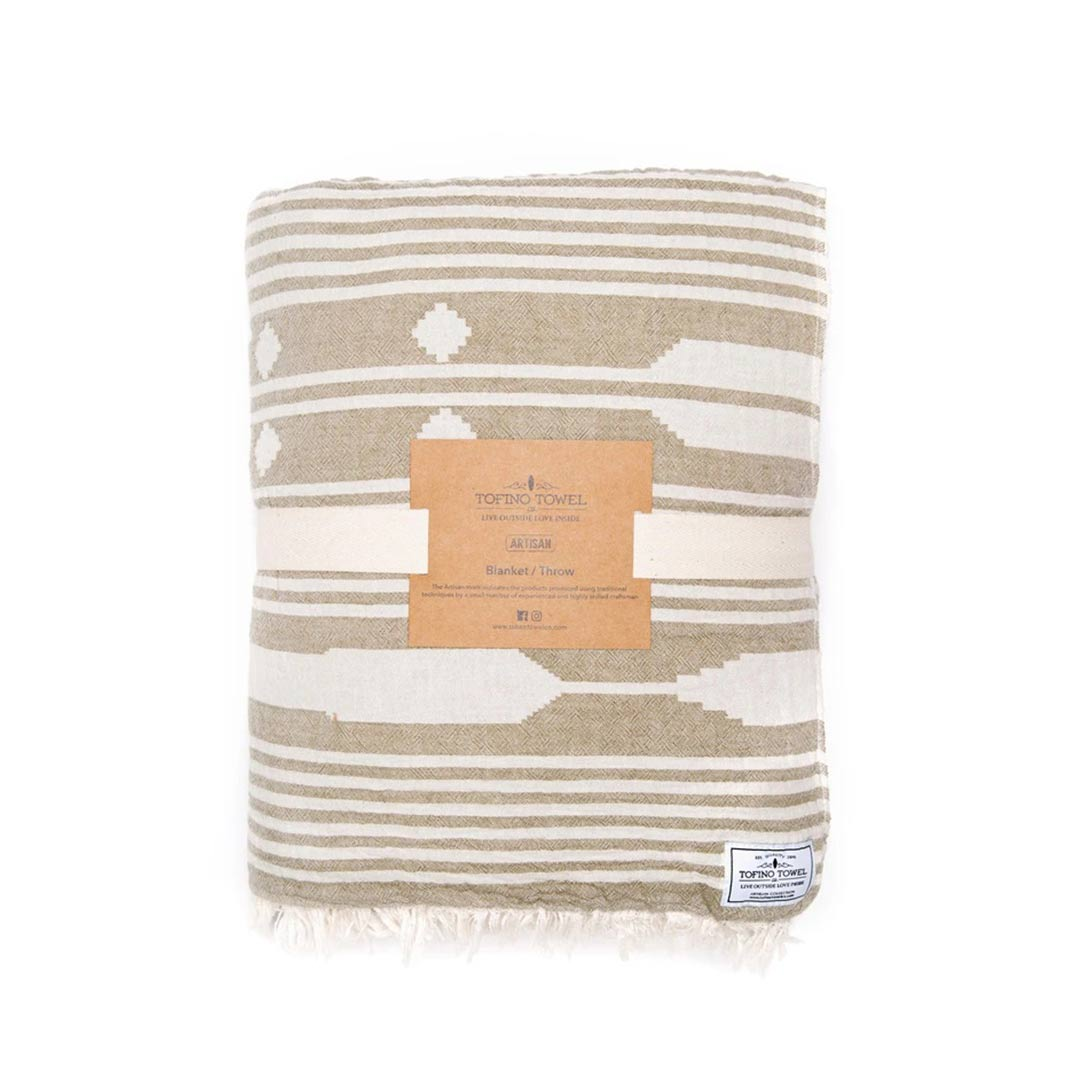 tofino-towels-co-arrow-blanket-01-dianes-lingerie-vancouver-1080x1080