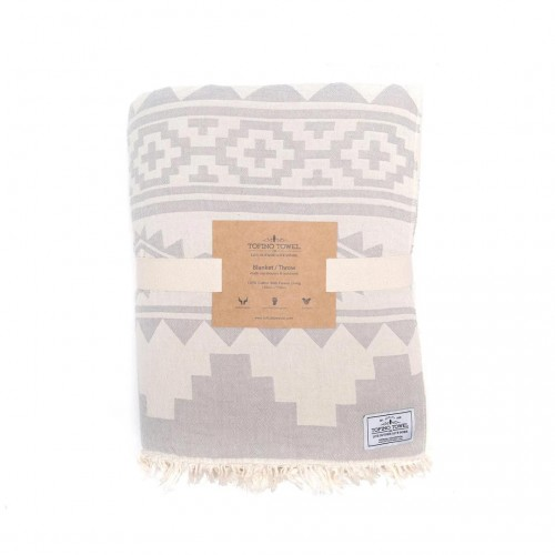 tofino-towels-co-beachcomber-blanket-01-dianes-lingerie-vancouver-1080x1080