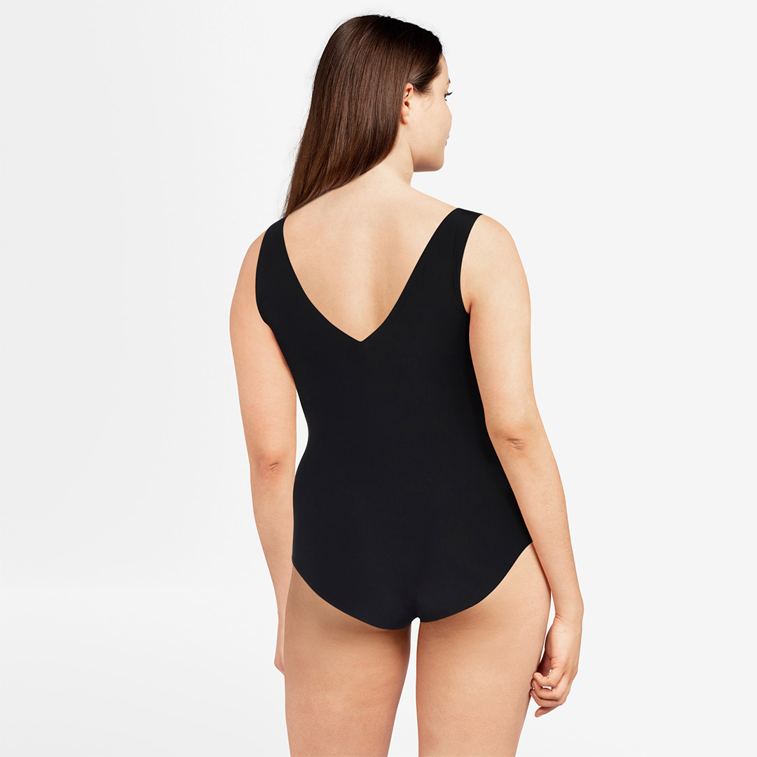 chantelle-softstretch-padded-bodysuit-blk-16A8-ob-02-dianes-lingerie-vancouver-1080x1080