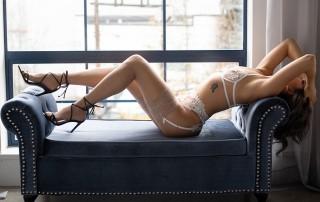 lux-boudoir-giveaway-blog-post-dianes-lingerie-vancouver-920x550