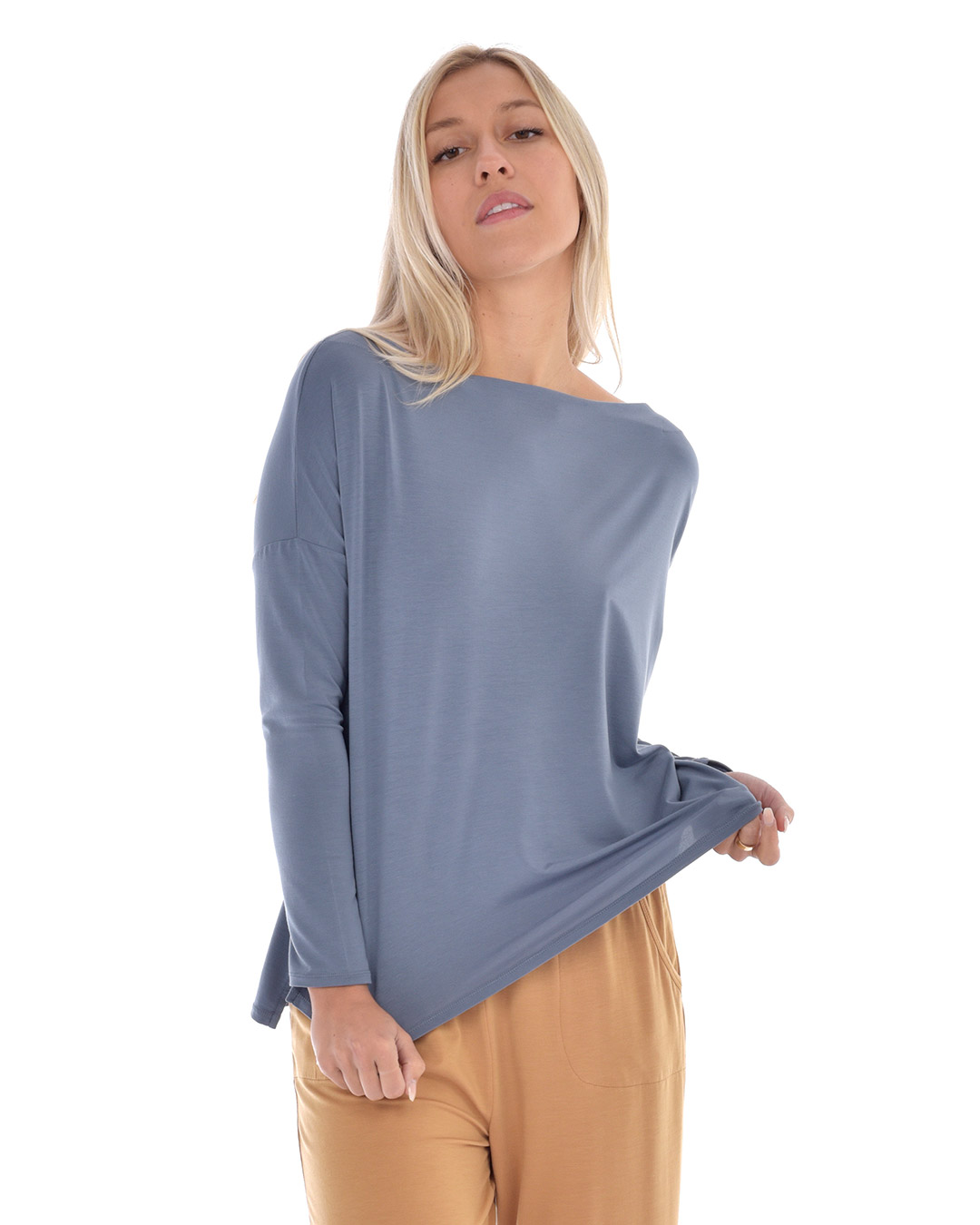 paper-label-chantelle-blue-02-dianes-lingerie-vancouver-1080x1350