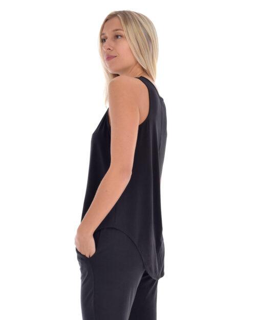 paper-label-viola-black-02-dianes-lingerie-vancouver-1080x1350