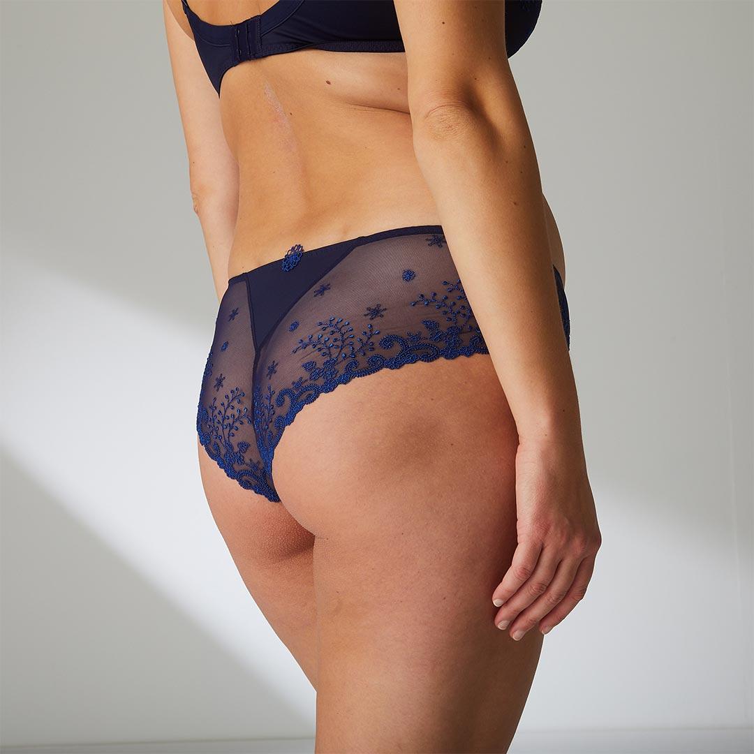 simone-perele-delice-shorty-mid-630-ob-02-dianes-lingerie-vancouver-1080x1080