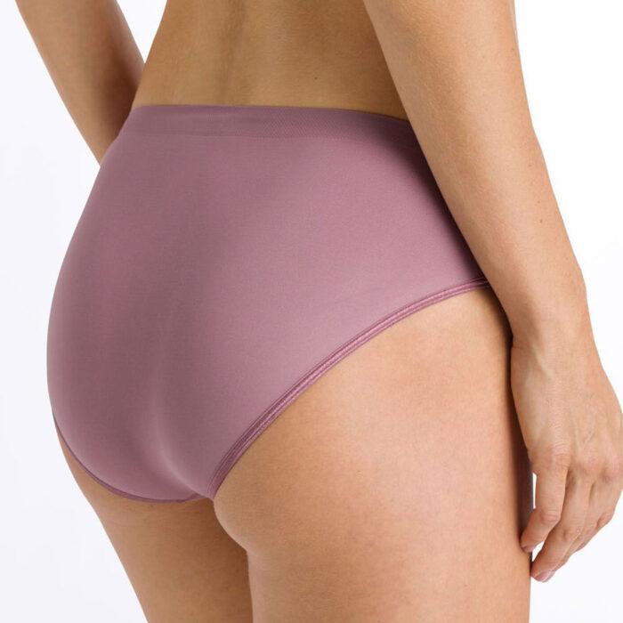 hanro-touch-feeling-midi-briefs-dusty-cedar-1802-ob-02-dianes-lingerie-vancouver-1080x1080