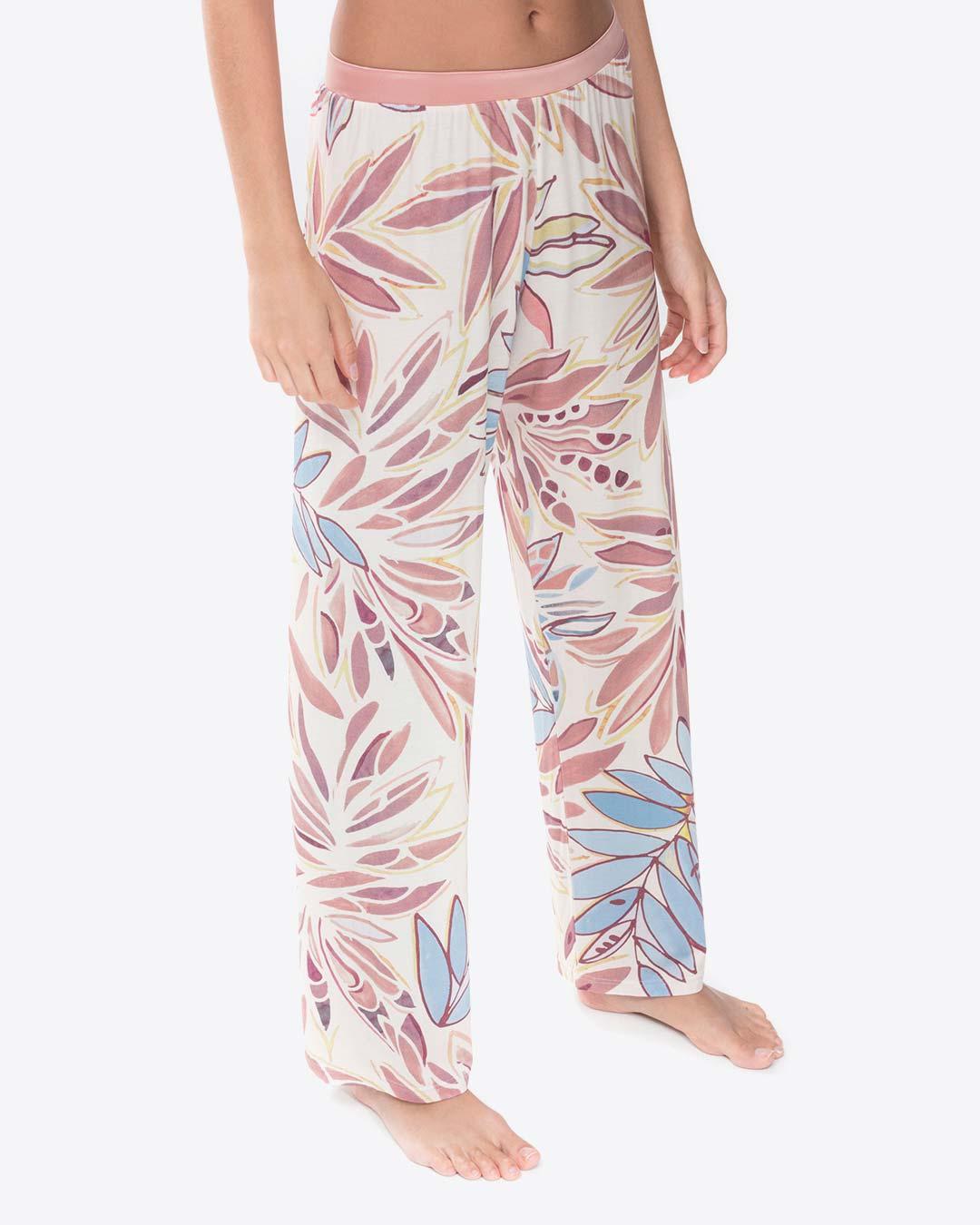 mey-serie-emila-pant-01-dianes-lingerie-vancouver-1080x1350