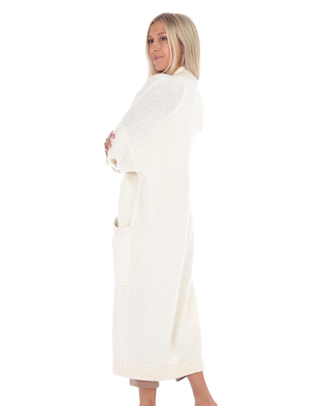 paper-label-luna-cardi-02-dianes-lingerie-vancouver-1080x1350