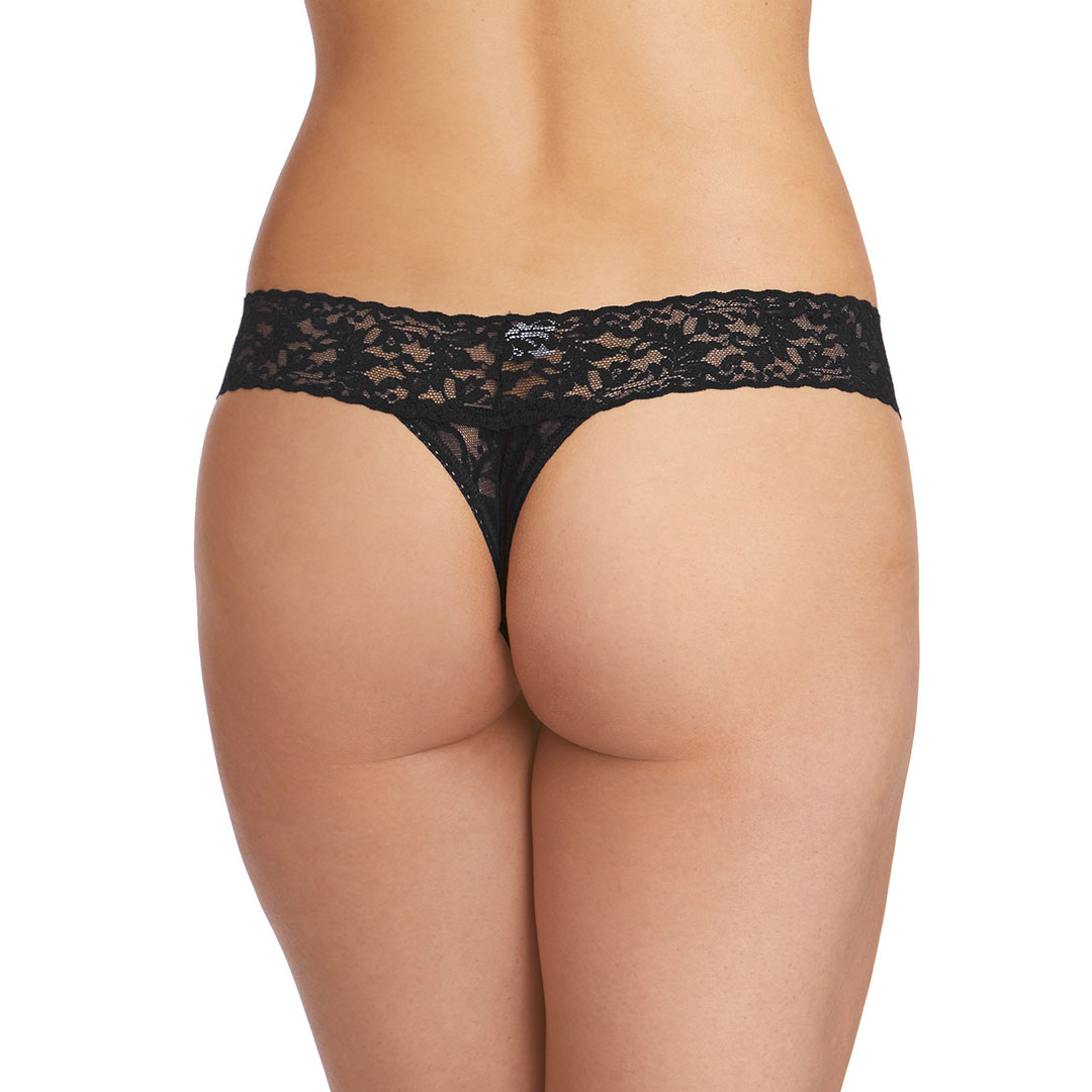 hanky-panky-low-rise-thong-black-4911-ob-02-dianes-lingerie-vancouver-1080x1080