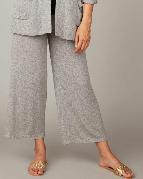 pistache-clothing-melange-knit-cropped-pant-dianes-lingerie-vancouver-1080x1350