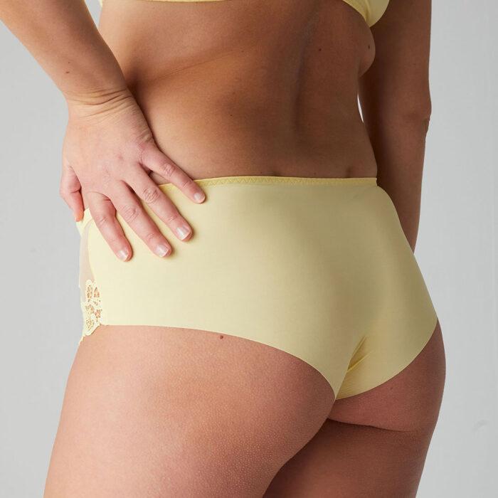simone-perele-saga-shorty-lemon-15C630-ob-02-dianes-lingerie-vancouver-1080x1080