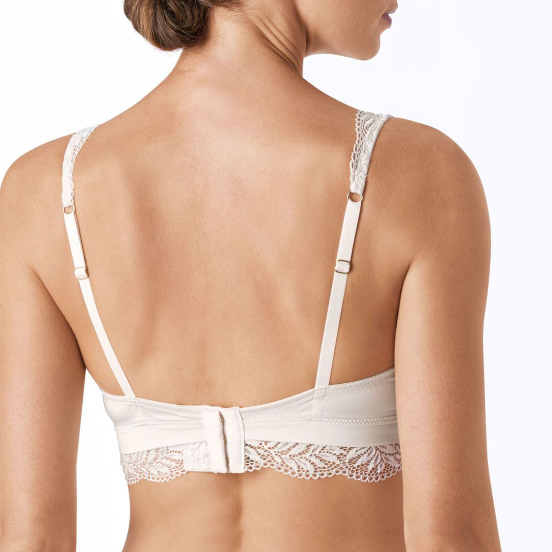 hanro-irini-soft-cup-bralette-fullm-2931-back-dianes-lingerie-vancouver-1080x1080