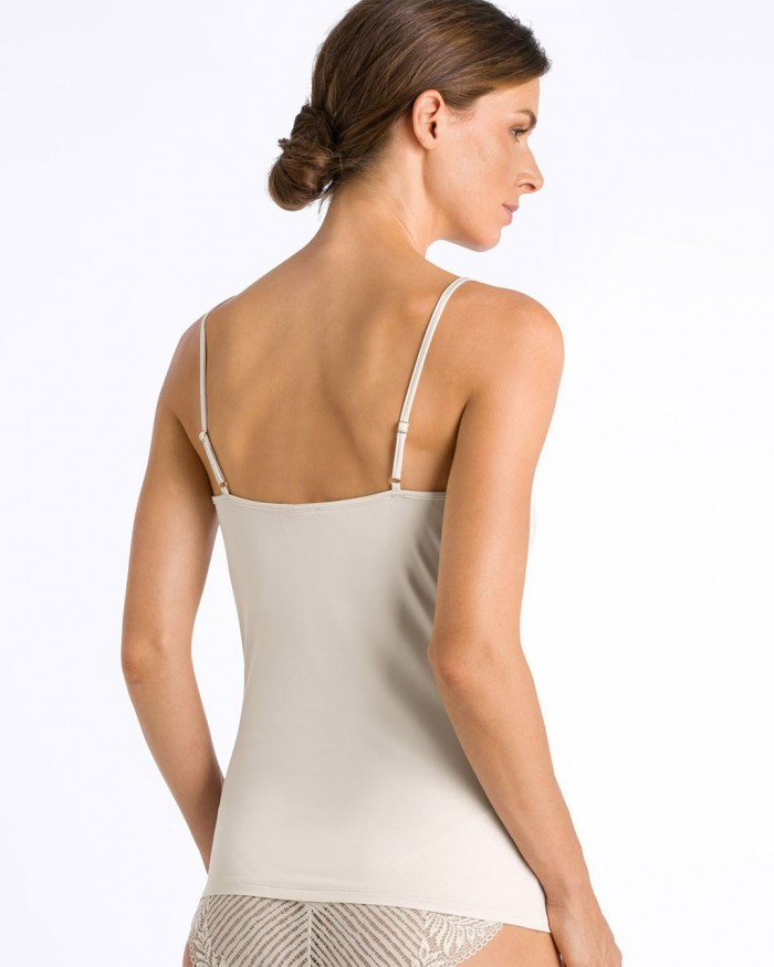 hanro-irini-spaghetti-top-fullm-2933-back-dianes-lingerie-vancouver-1080x1350