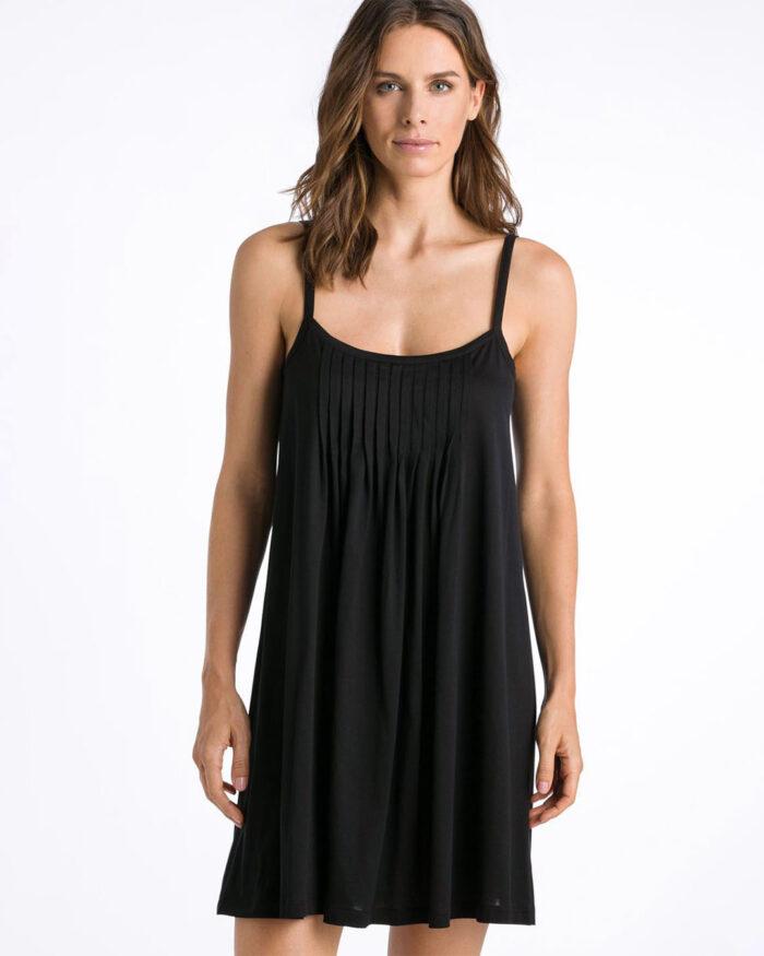hanro-juliet-chemise-black-7747-front-dianes-lingerie-vancouver-1080x1080