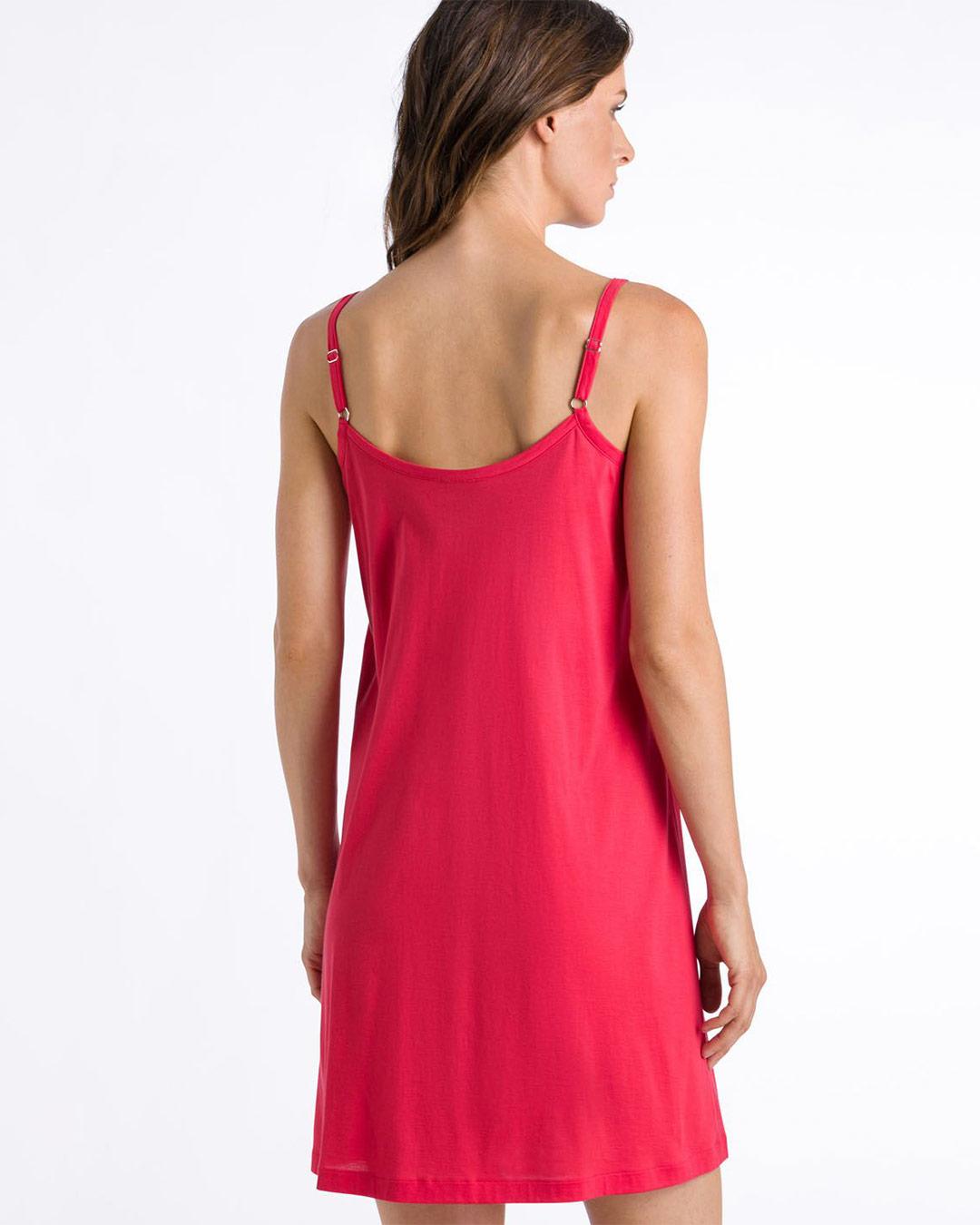 hanro-juliet-chemise-geran-7747-back-dianes-lingerie-vancouver-1080x1080
