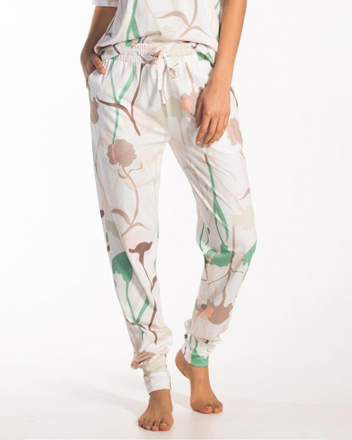 cyell-netherlands-spring-carnation-pant-front-dianes-lingerie-vancouver-1080x1350