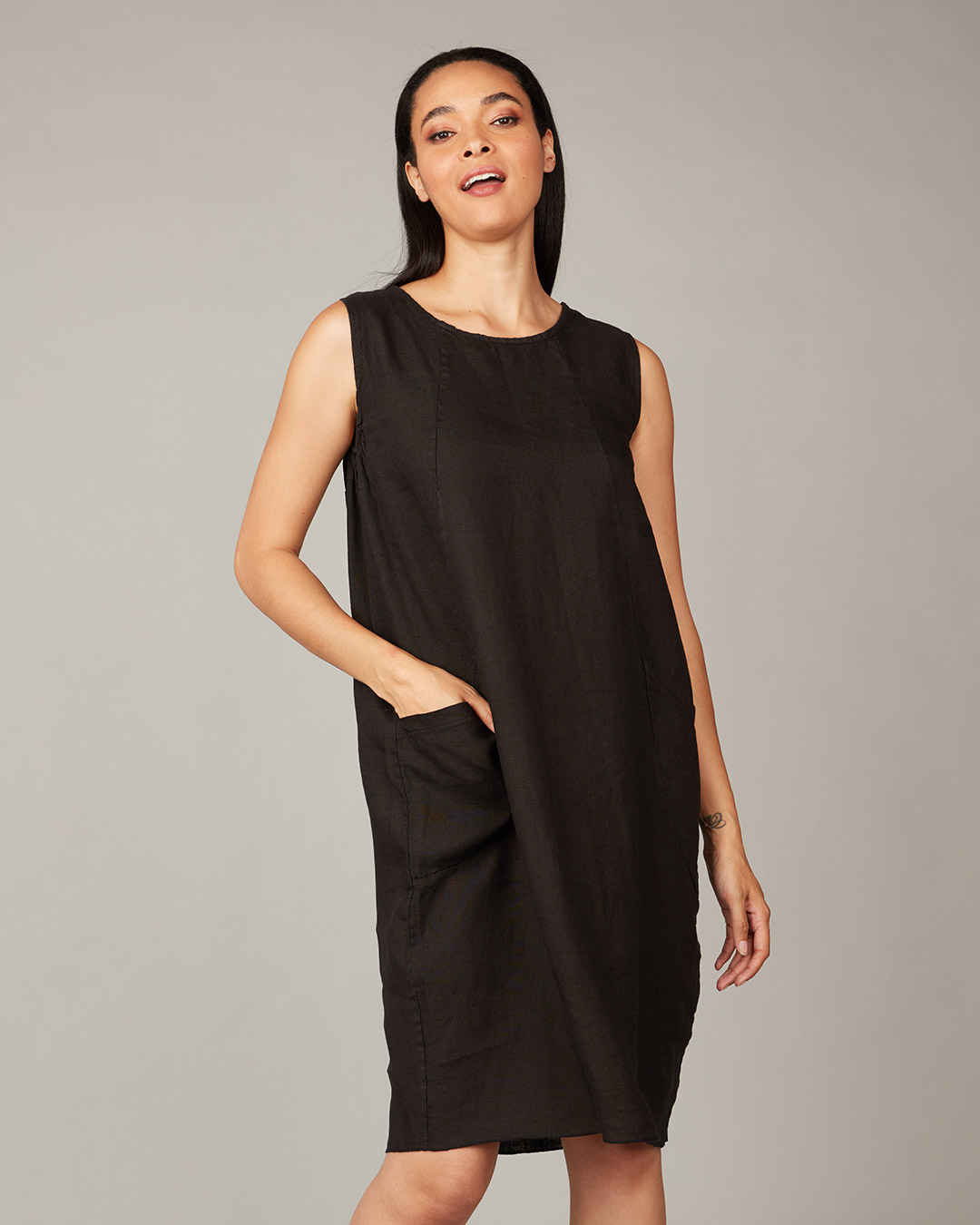 pistache-clothing-comfort-dress-black-dianes-lingerie-vancouver-1080x1080