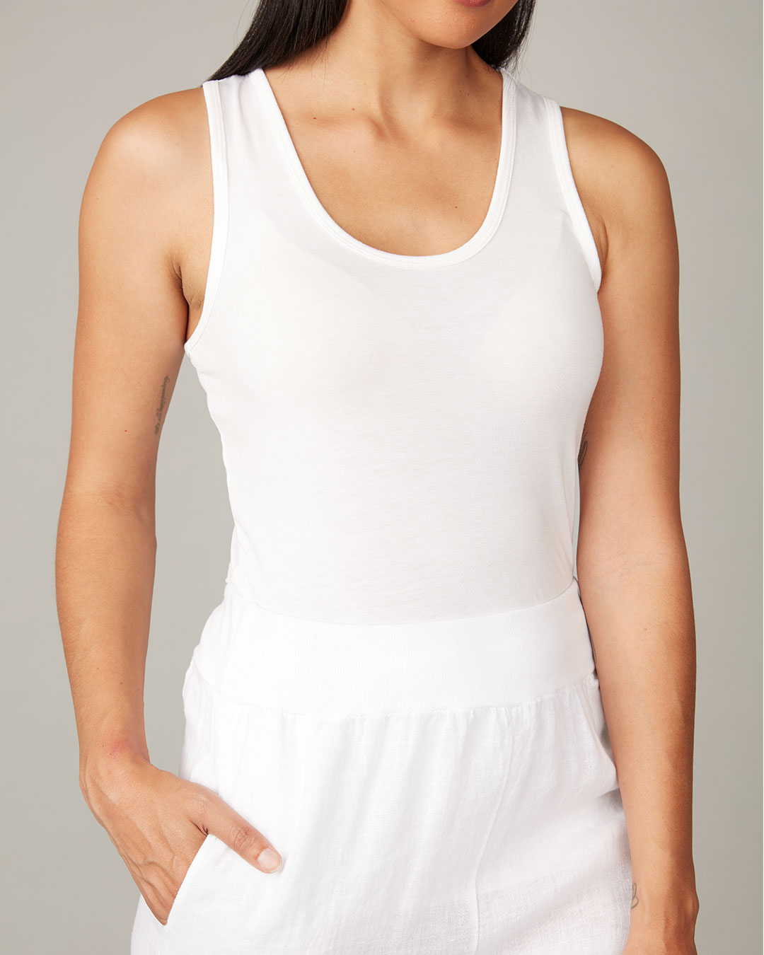 pistache-clothing-second-skin-tank-white-dianes-lingerie-vancouver-1080x1080