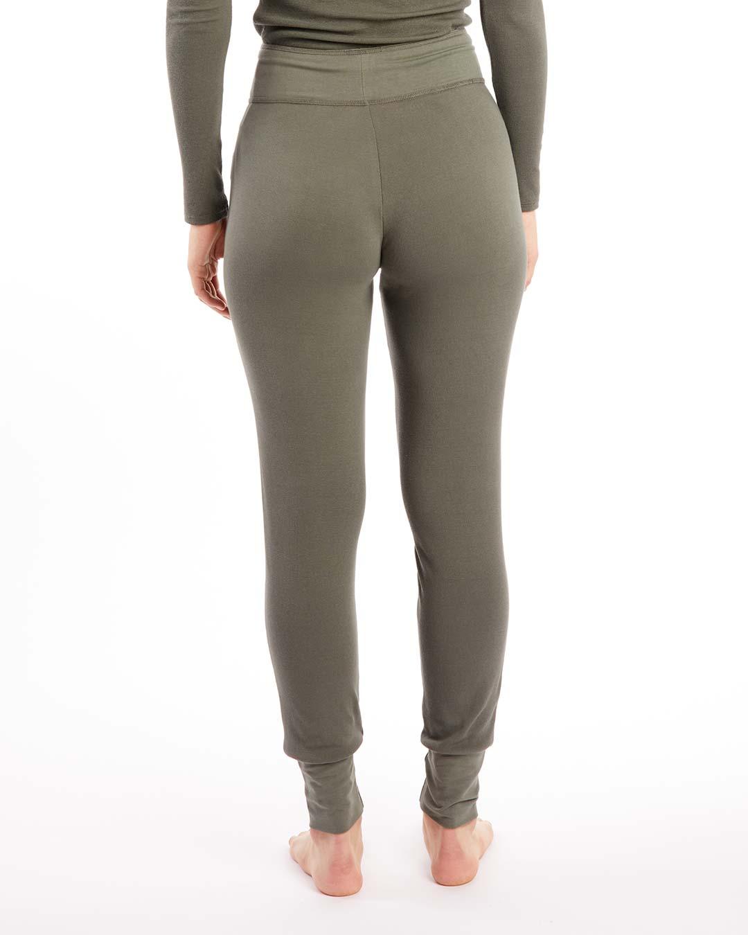 paper-label-danika-jogger-ash-green-back-dianes-lingerie-vancouver-1080x1350
