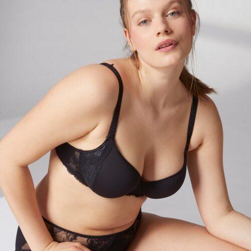 simone-perele-promesse-3d-plunge-bra-blk-315-front-dianes-lingerie-vancouver-1080x1080